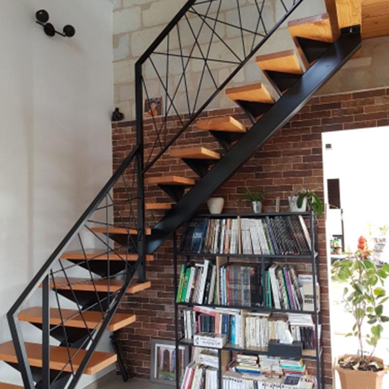 fabrication escalier métal angers