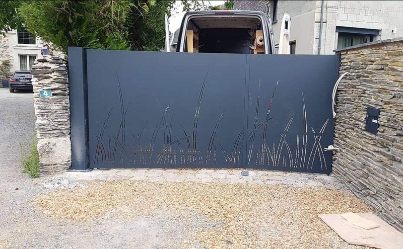 Création portail métal sur-mesure Angers Maine-et-Loire